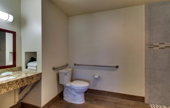 The Stevenson Monterey - Accessible Private Bathroom