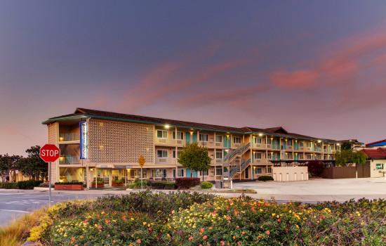 The Stevenson Monterey - Exterior View